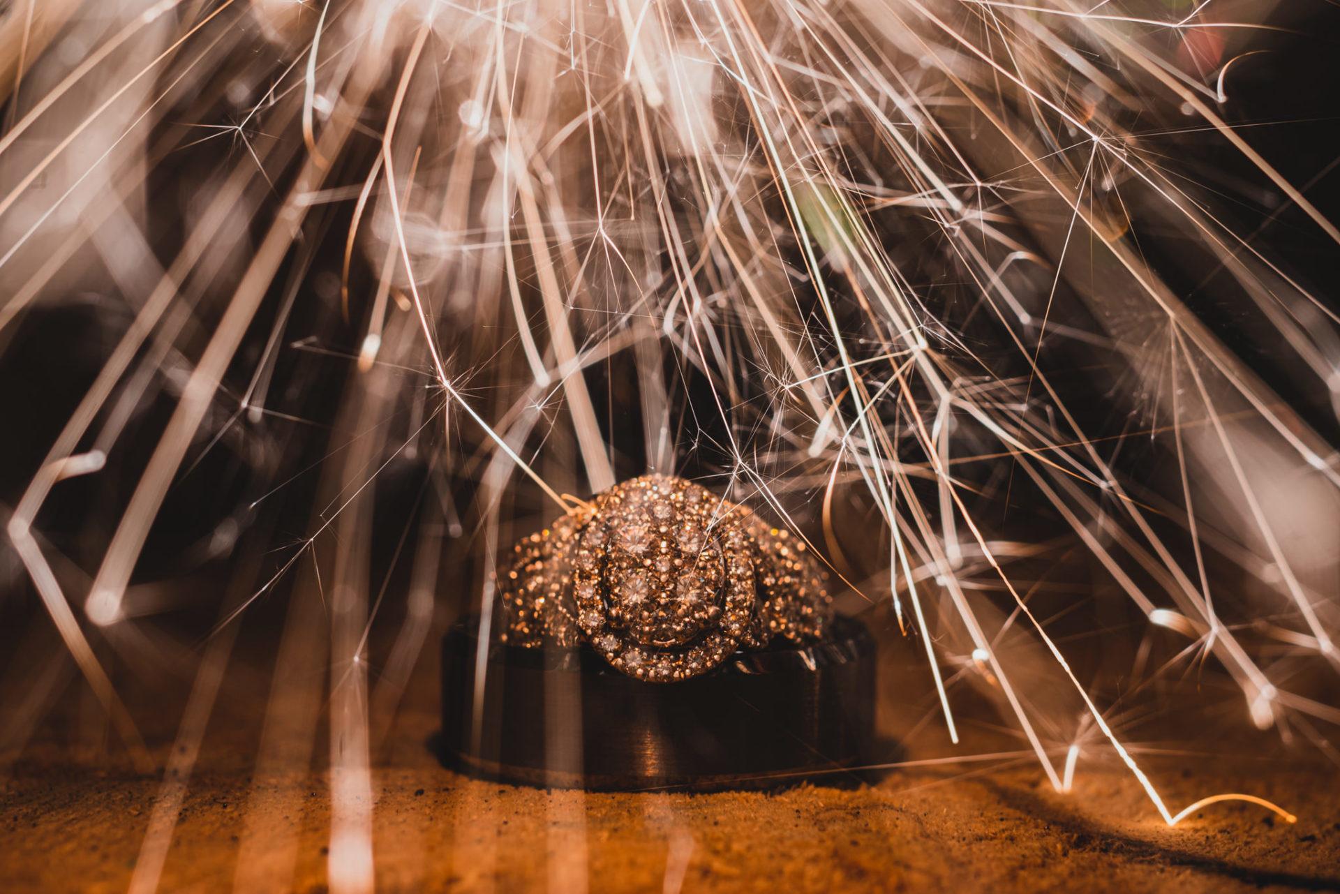 Sparkling Ring Shot in Huron